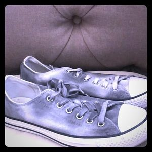 Converse Shoes - EUC Converse Gray/White size 9.